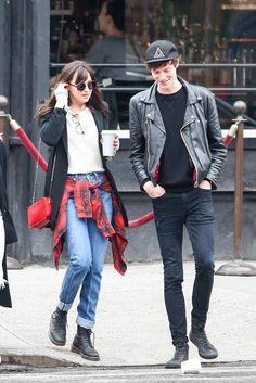 Dakota Johnson and Matt Hitt in NY Dakota Johnson Style, Dakota Mayi Johnson, Fifty Shades Of Grey, 50 Shades, Her Style, American Actress, What To Wear, Hipster, Street Style