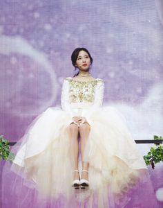 Fairy Photoshoot, Twice Photoshoot, South Korean Girls, Korean Girl Groups, My Girl, Cool Girl, Mama Awards, Jyp Artists, Kpop Entertainment