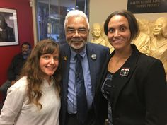 Stephanie and Taylor visiting Dr. Carson at King Institute of Stanford
