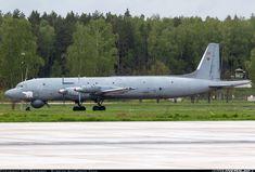 Ilyushin Il-38 aircraft picture