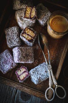Christmas Baking, Christmas Cookies, Baileys, Sweet Recipes, Rum, Biscuits, Cereal, Food And Drink, Breakfast