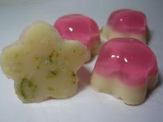 My Jello Americans: Rose's Lime - So many creative jello shots! I love it!