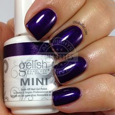 Gelish Call Me Jill Frost - swatch by Chickettes.com