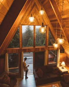 A frame beautiful cabin design A Frame Cabin, A Frame House, Cabin Homes, Log Homes, Haus Am See, Cabin Lighting, Cabins And Cottages, Home Fashion, My Dream Home