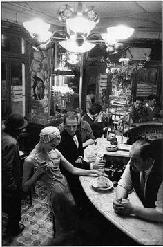 """""""Le Chien Qui Fume,"""" restaurant, Paris, 1957. Photo by Frank Horvat."""
