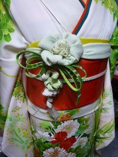 Kimono Design, Obi Belt, Maneki Neko, Kokeshi Dolls, Japanese Outfits, Hat Hairstyles, Yukata, Japanese Kimono, Asian Style