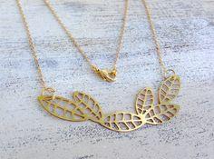 Ketten lang - Scandinavian Leaf Messing Anhänger an Kette - ein Designerstück von MiMaMeise bei DaWanda