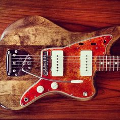 Normally I don't like stripped offsets. I can make an exception here. Fender Electric Guitar, Cool Electric Guitars, Making Musical Instruments, Music Instruments, Man Gear, Guitar Pics, Stevie Ray, Epiphone, Custom Guitars
