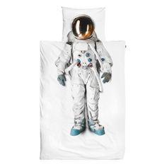 Got a kid whose dream is to be an astronaut one day? Make their dream come true sooner with this bedding set. The duvet cover features a photograph of a real astronaut suit that comes from the Spac… Duvet Sets, Duvet Cover Sets, Cover Pillow, Pillow Set, Quilt Cover, Bed Covers, Pillow Talk, Astronaut Suit, Percale De Coton