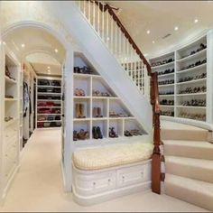 Every woman's dream closet!