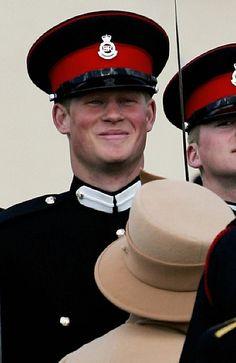 2006: An Officer and a Prince - HarpersBAZAAR.com