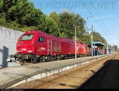 RailPictures.Net Photo: Takargo Rail 6002 Takargo Takargo Rail 6000 at Mortágua, Portugal by Fábio Pires