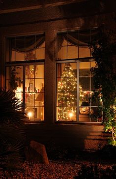 Looking inside the Cottage at Christmas. Looks like heaven Christmas Scenes, Christmas Mood, Noel Christmas, Christmas Lights, Vintage Christmas, Christmas Decorations, Xmas, Merry Christmas Eve, Magical Christmas