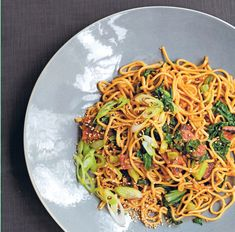 Tamarind tempeh with sesame noodles and shredded greens from Vegetarian by Alice Hart Tamarind Recipes Vegetarian, Tempeh, Tofu, Pacific Food, South Pacific, Tamarind Paste, Sesame Noodles, Fresh Ginger, Recipe Of The Day