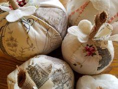 Indulge Your Shelf: My Christmas craft booth