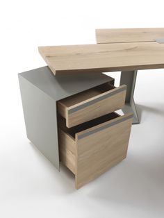 Implement Chest of drawers by Riva 1920