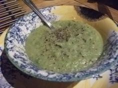 Super 4 green soup recipe full of goodness and bursting with flavour. Broccoli, Brussel sprouts, courgette and pea's are the 4 greens in this soup recipe. Super 4, Green Soup, Sprouts, Soup Recipes, Ethnic Recipes, Food, Zucchini, Eten, Brussels Sprouts