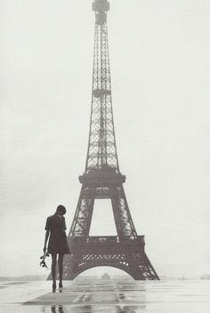 Twiggy, Paris, March, 1967 / Gilles Caron