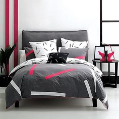Intensify your modern style with the kick of colour in the pure cotton Pillar Quilt Cover Set, Moody from Deco By Linen House.