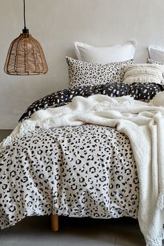 Layer animal print bedding and tassled textures to create a cosy, natural vibe. Bedroom Inspo, Home Bedroom, Room Decor Bedroom, Bedroom Ideas, Bedrooms, Target Home Decor, Cheap Home Decor, Stylish Beds, New Room