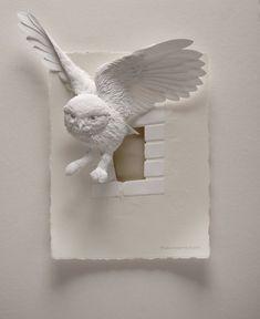 As impressionantes esculturas de papel de animais que emergem de quadros de Calvin Nicholls Art / Ideas / Artist / Thoughts More At FOSTERGINGER @ Pinterest