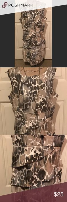 🆕 • C_o_n_n_e_c_t_e_d_ A_p_p_a_r_e_l_ • Very pretty dress by connected apparel • size tag cut out but it's a 16w • back zip • excellent condition 🛍Bundles of 5 or more items get 50% off!-either make offer on the bundle or comment on each item you want and I'll make a separate listing!🛍 📣Buyer responsible for extra shipping when likely to be over 5 lbs 📣 ❌Absolutely no trades!❌ 🔵Color may vary in person!🔴 ◾️Serious buyers only!▪️ 😻 cat friendly home! 😻 🙏🏼thank you!🙏🏼 Dresses