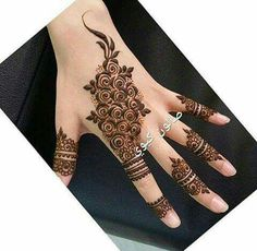 Tips For Planning The Perfect Wedding Day. A wedding should be a joyous occasion for everyone involved. The tips you are about to read are essential for planning and executing a wedding that is both Finger Henna Designs, Arabic Henna Designs, Mehndi Designs For Fingers, Best Mehndi Designs, Henna Tattoo Designs, Mehndi Tattoo, Mehandi Designs, Henna Mehndi, Stylish Mehndi Designs