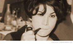 Forough Farrokhzad, a famous Iranian poet, smoking a pipe Democracy And Human Rights, George Condo, Persian People, Blue Eyed Men, Famous Poets, Men Tips, Renaissance Art, Film Director, Bearded Men