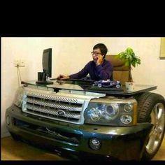 A douchebag petrolhead's must-have item: Range Rover Sport desk