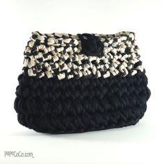 Best 12 3 For Fabulous Fashion: 'One & Only' bags collection! Bag Crochet, Crochet Clutch, Crochet Teddy, Crochet Purses, Best Handbags, Purses And Handbags, Pinterest Crochet, Cotton Cord, Potli Bags