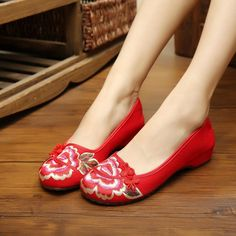 Vintage Chinese Flats Embroidered Floral Shoes Women Ballet Cotton Loafer A  Loafer Shoes c37d33b022f7