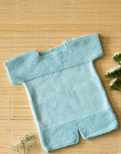 pattern knit crochet baby onesie spring summer katia 6987 22 g Moda Crochet, Crochet Baby, Knit Crochet, Summer Baby, Spring Summer, Baby Pullover, Baby Knitting Patterns, Baby Booties, Onesies