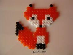 Zorrito naranja en hama mini. Modelo algo más pequeño. Si te gusta puedes adquirirlo en nuestra tienda on-line: http://www.sugarshop.eu/ Ver más en: http://mistertrufa.net/librecreacion/groups/hama-beads/