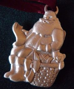 Longaberger Christmas PEWTER ORNAMENT Santa Claus 1992 Tie On Gift Basket Tree