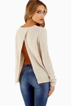 Understated and sexy sweater for #fall