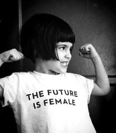 Feminizmus a pólódon / Feminism on your tee Womens Day Quotes, Back To School Hairstyles, Winter Hairstyles, Medium Hairstyles, Messy Hairstyles, Pretty Hairstyles, Who Runs The World, Powerful Women, Powerful Art
