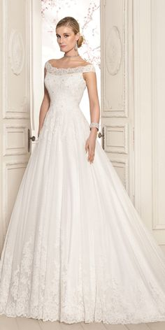 Attractive Polka Dot Tulle Off-the-shoulder Neckline A-line Wedding Dress With Beadings & Lace Appliques