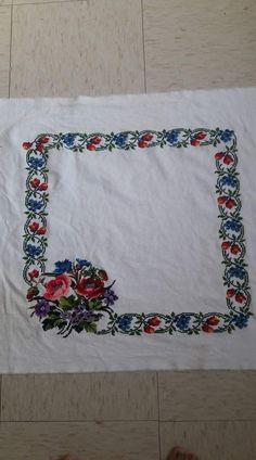 Galleries, Bb, Rugs, Home Decor, Herb, Punto Croce, Hand Crafts, Vestidos, Cross Stitch Designs
