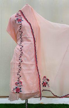 Salwar Suit Neck Designs, Neck Designs For Suits, Dress Neck Designs, Blouse Designs, Embroidery Neck Designs, Embroidery Suits Design, Embroidery Fashion, Beaded Embroidery, Designer Punjabi Suits Patiala