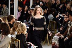 Tudo o que você precisa saber sobre o desfile de inverno 2016 da Chanel