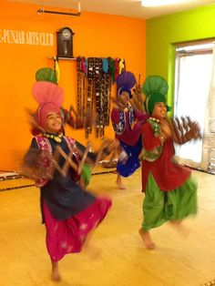 BT Live Eye host Dawn Chubai snapped this pic of Bhangra dancers at Shan-E-Punjab Arts Club in Surrey