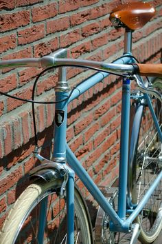 f8293bd8d5 34 fantastiche immagini su bici   Veils, Vintage bicycles e Vintage ...