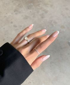 Nude Manicure and Dainty Gold Rings #rings #mani Classy Nails, Stylish Nails, Simple Nails, Casual Nails, Chic Nails, Frensh Nails, Hair And Nails, Nail Manicure, Coffin Nails