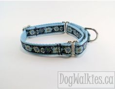 Dog Collar 3/4 Wide Midnight Blue Flowers Quick by DogWalkies