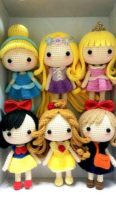 Mesmerizing Crochet an Amigurumi Rabbit Ideas. Lovely Crochet an Amigurumi Rabbit Ideas. Beau Crochet, Crochet Mignon, Cute Crochet, Crochet For Kids, Crochet Crafts, Crochet Baby, Crochet Projects, Knit Crochet, Crochet Princess