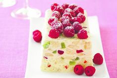 This ice-cream cake is full of delicious lolly surprises inside.