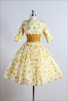 Honeycomb . vintage 1950s dress . vintage by millstreetvintage