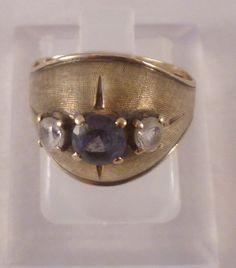 """Traumhaftes ORIGINAL `60er UNIKAT:  Wertvoller Goldring, 333er- Vintage- `60er mit """"Fischhaut-Muster"""" im Vorderteil , besetzt mit 3 Steinen (vermutl"""