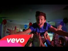One Direction - Midnight Memories One Direction Music, One Direction Videos, One Direction Harry Styles, 1d Songs, Midnight Memories, Best Song Ever, Music Activities, My Melody, My Escape