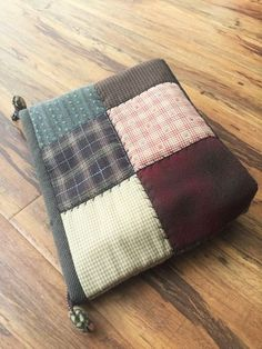 Pouch, Wallet, Diy And Crafts, Throw Pillows, Quilts, Bags, Fabric Purses, Scrappy Quilts, Leather Bags Handmade